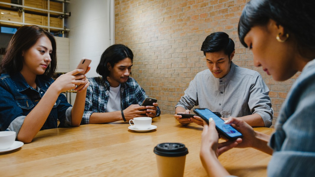 Pre-eminence of mobile applications in Higher Education